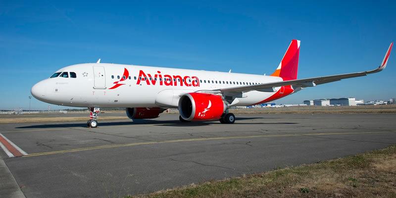 Avianca suspende vuelos al Reino Unido desde Colombia, por orden del presidente Duque