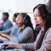 4.000 nuevas vacantes para mujeres ofrecen los sectores de call center y BPO